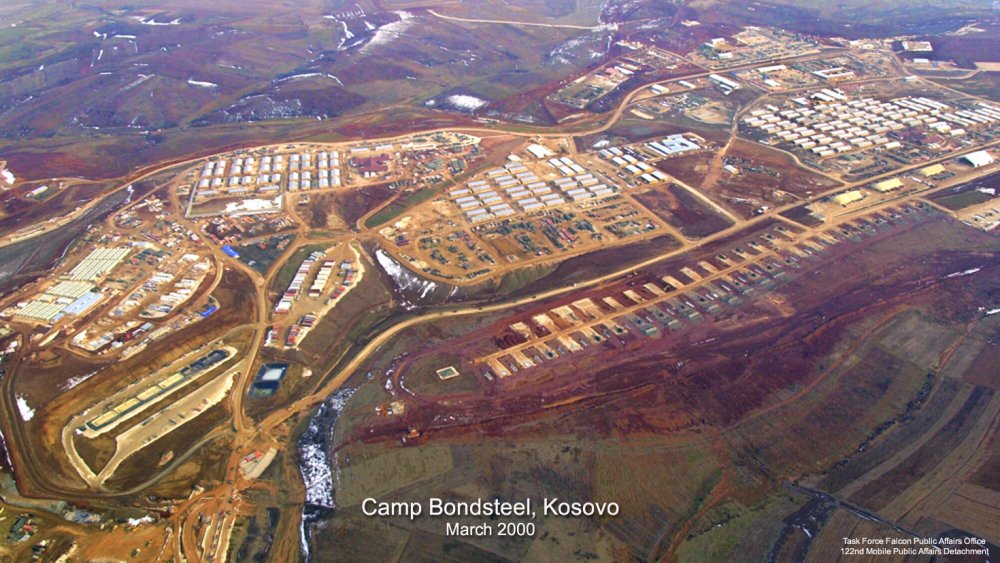 camp_bondsteel_2000.jpg
